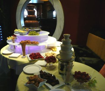 choc fountn north west best asian vegetarian halal chocolate fountain fruit package 200 guests