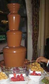 chocolate fountain manbolton
